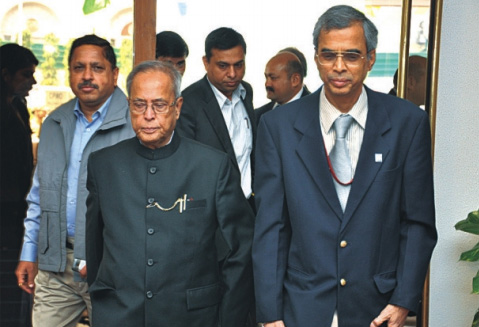 Shri Pranab Mukherjee, Hon'ble Union Minister of Finance arriving at Vigyan Bhawan, New Delhi.