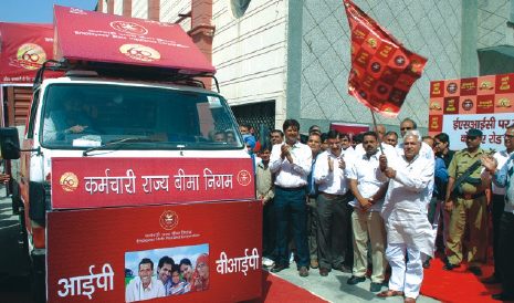 Flagging off of Road Show on Mass Awareness by Dignitary.