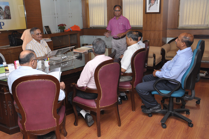 Shri Anil Kumar Agarwal, IAS, takes over the charge of Director General on ESIC 26.07.12.